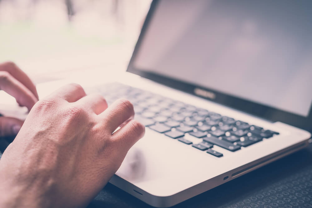 Conheça os 5 benefícios de contar com os softwares na gestão hoteleira