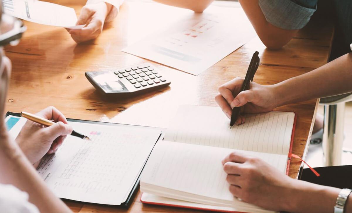 Manter a organização no trabalho é importante para a produtividade